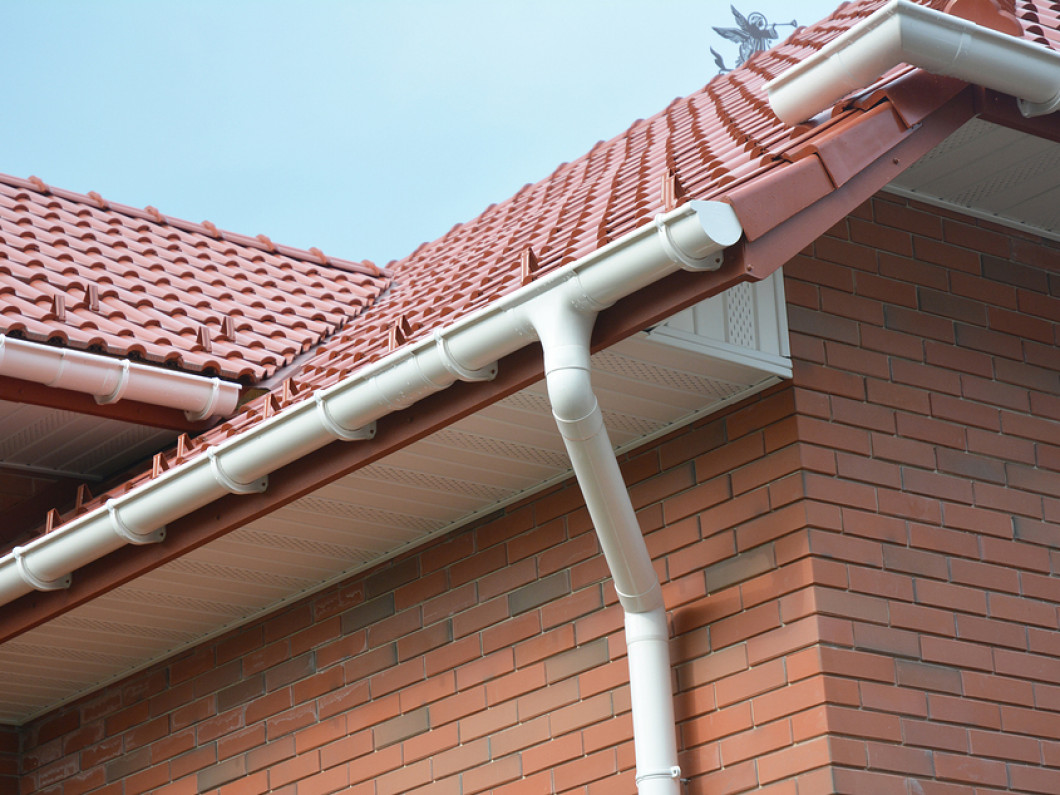 CAN YOUR GUTTER WITHSTAND HEAVY RAINFALL OR ICE?